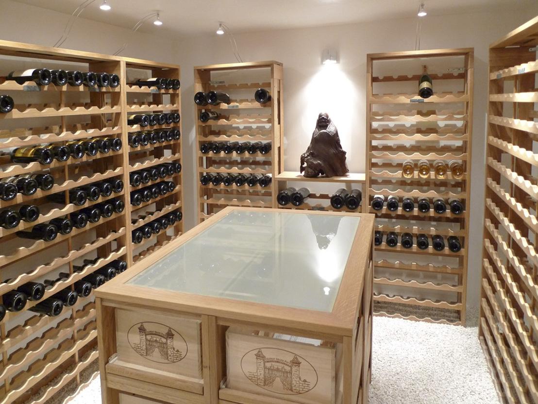 Je sais reconna tre les meilleurs vins avec for Photo cave a vin