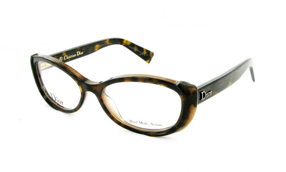 Lunettes de vue : il faut prendre rendez-vous chez un ophtalmologue