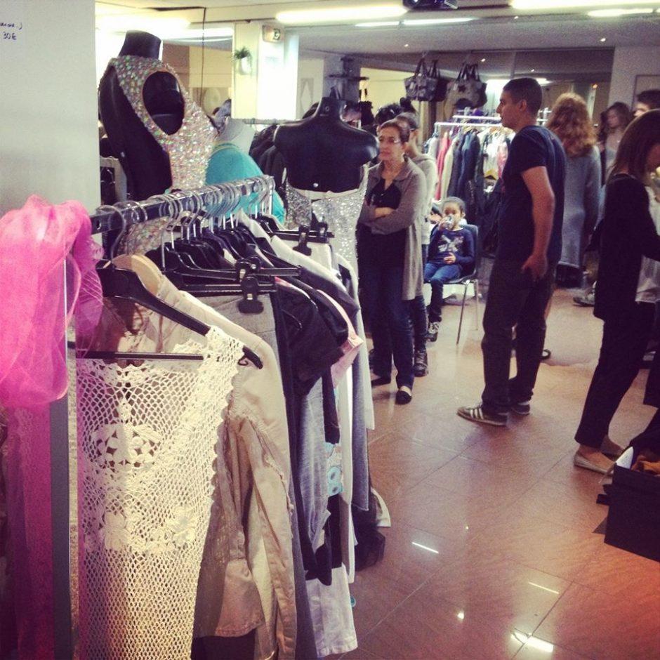 Organiser un vide-dressing : une bonne idée pour faire du tri