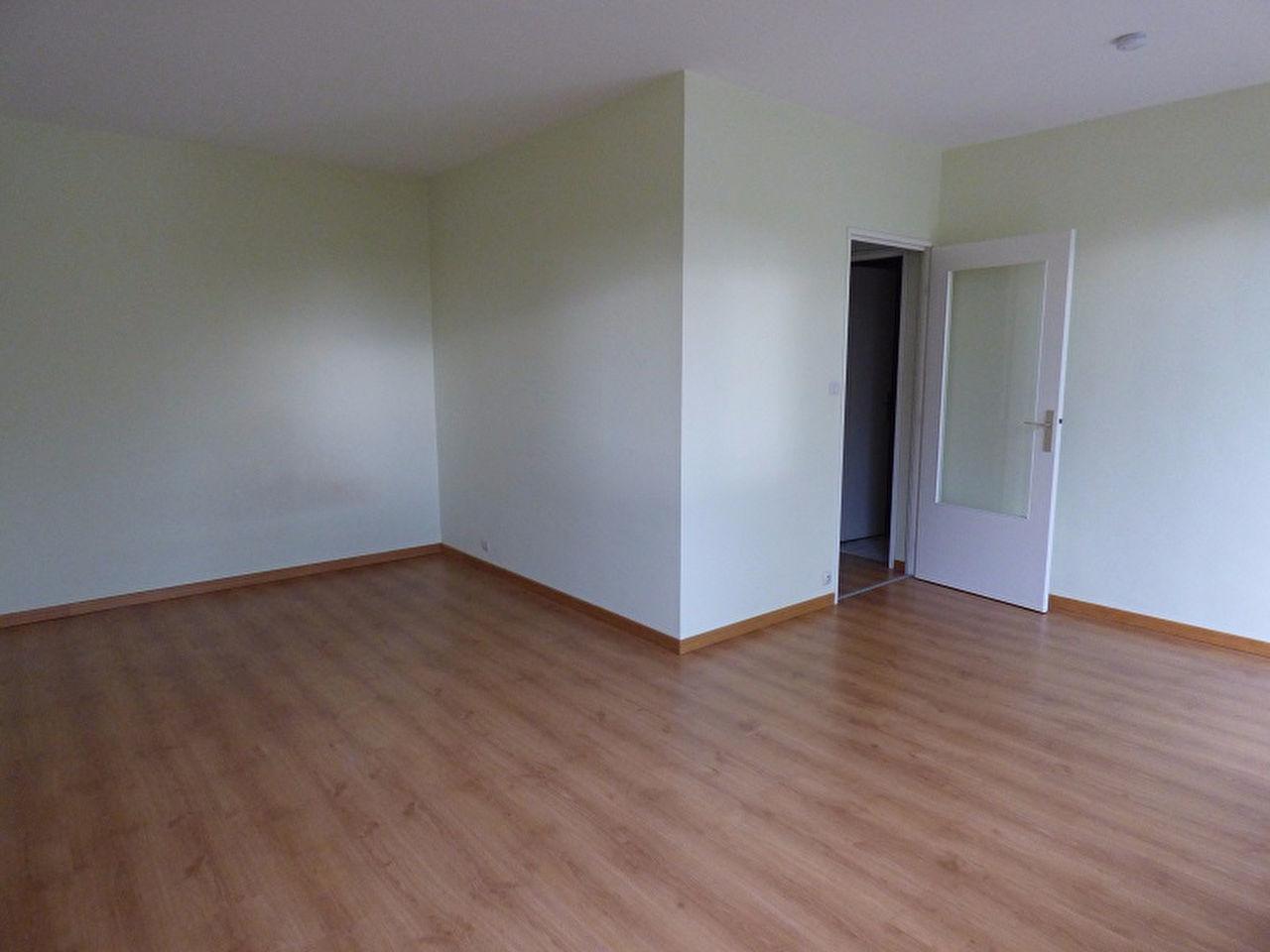 comment faire pour trouver une location d appartement tours. Black Bedroom Furniture Sets. Home Design Ideas